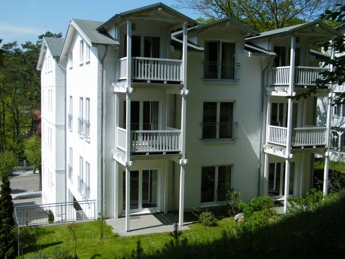 Villa-Celia-vom-Garten-aus-gesehen